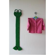 Růžový svetr s volánky