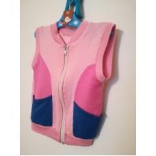 Růžová lehká vesta s modrými pruhy