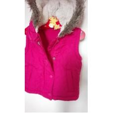 Růžová vesta s kapucí