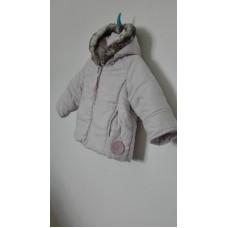 Zimní bunda s kapucou