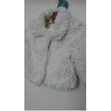 Bílý kožíšek-kabátek (6-9měs)