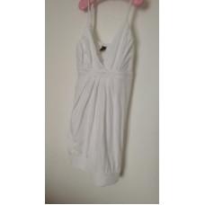 Plážové bílé šaty