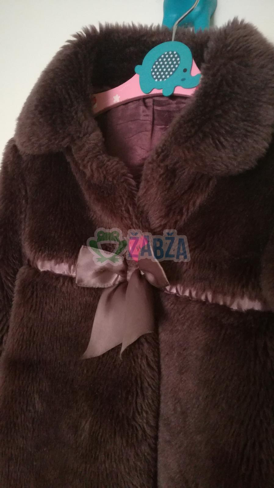 Dívčí chlupatý kabát na knoflík a patentky